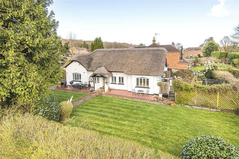 4 Bedrooms Detached Bungalow for sale in Brox Lane, Ottershaw, Chertsey, Surrey, KT16