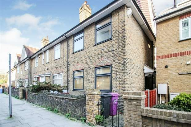 3 Bedrooms Terraced House for sale in Tiller Road, London