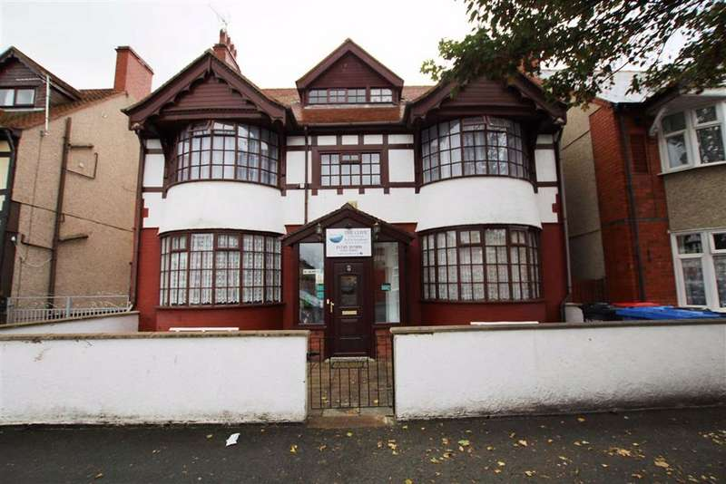 7 Bedrooms Property for sale in River Street, Rhyl, Denbighshire
