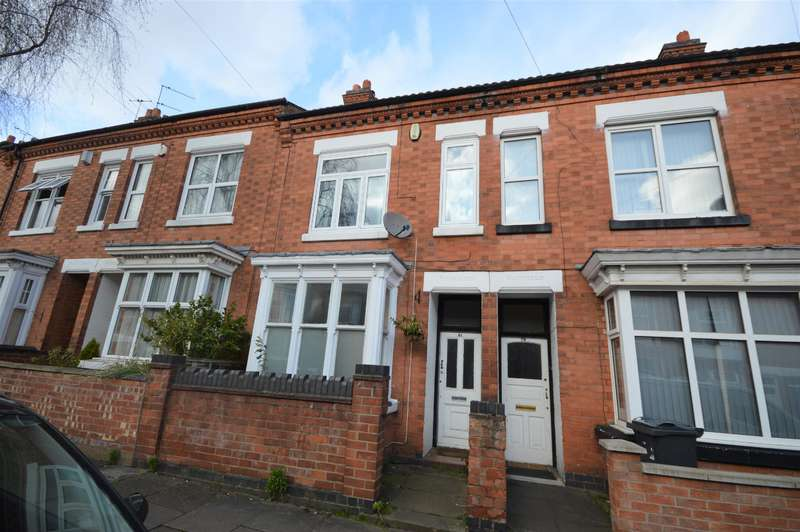 3 Bedrooms Terraced House for sale in Barclay Street, Leicester, LE3 0JD