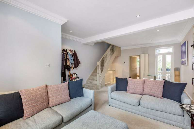 4 Bedrooms Terraced House for sale in Kilmaine Road, Fulham, London, SW6