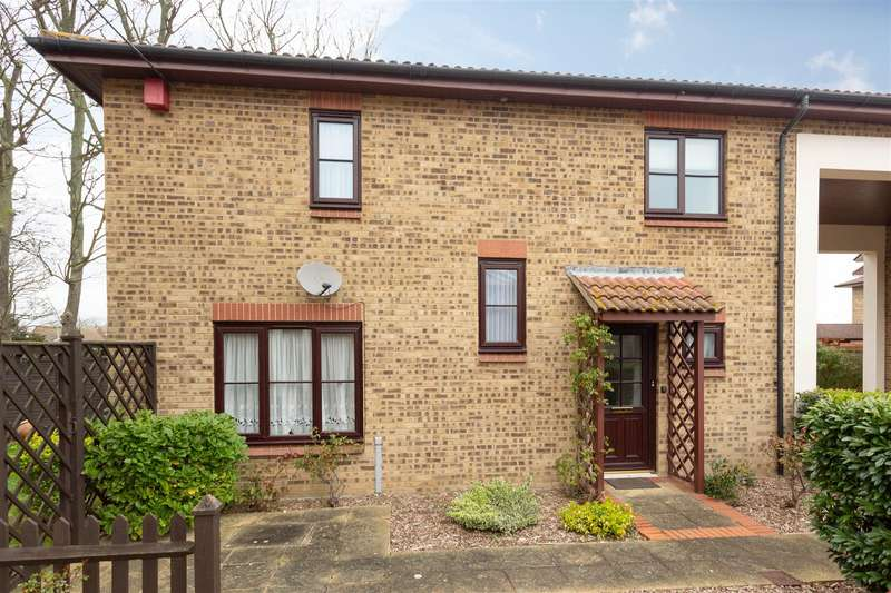 2 Bedrooms Link Detached House for sale in Lyell Road, Birchington