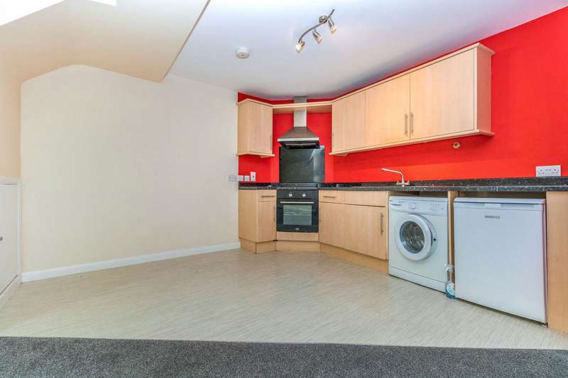1 Bedroom Apartment Flat for sale in High Street, Chatham, Kent, ME4