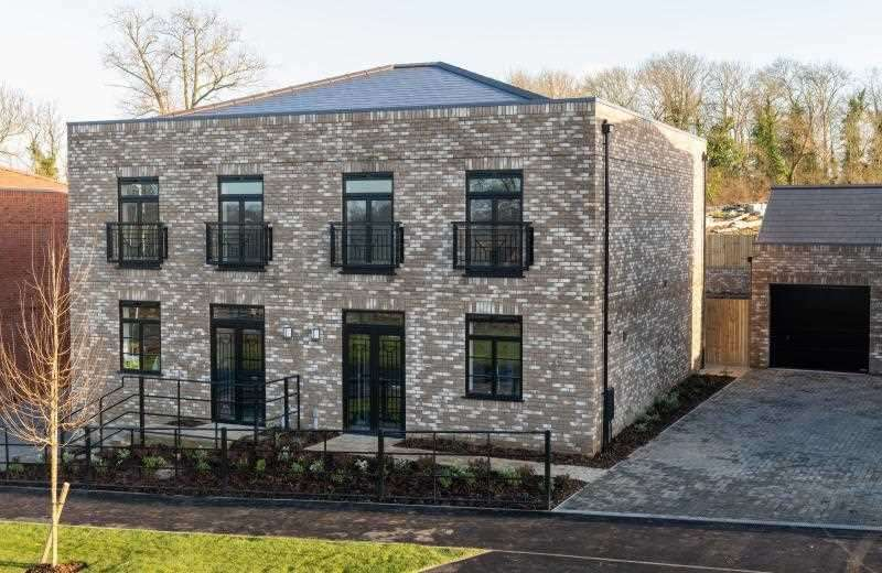 2 Bedrooms Semi Detached House for sale in The Harrogate, Saxon Fields, Cockering Road, Canterbury