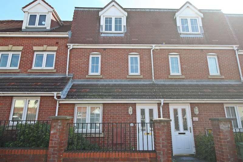 2 Bedrooms Maisonette Flat for sale in Chadwick Way, Hamble, Southampton, SO31 4FD