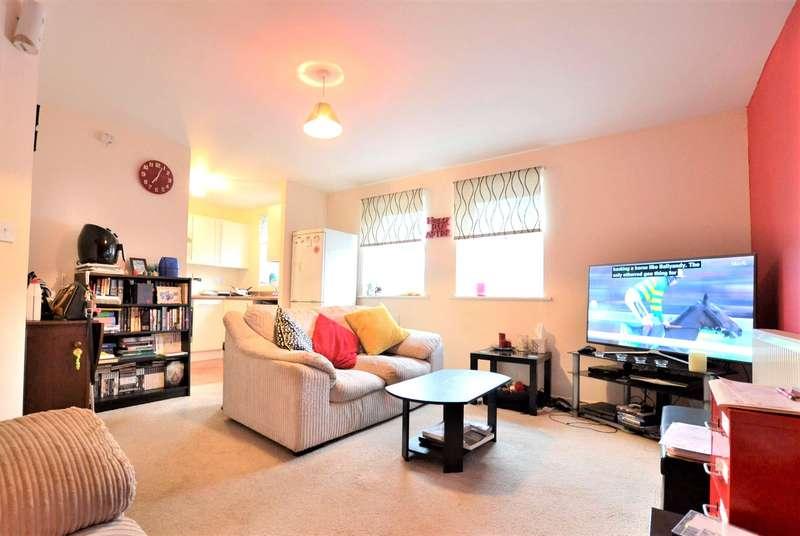 2 Bedrooms Flat for sale in Stearman Walk, Lobleys Drive, Gloucester, Gloucestershire, GL3