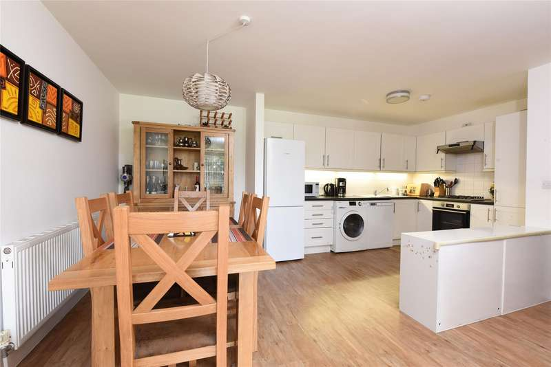 2 Bedrooms Flat for sale in Mill Court, 432 Merton Road, LONDON, SW18