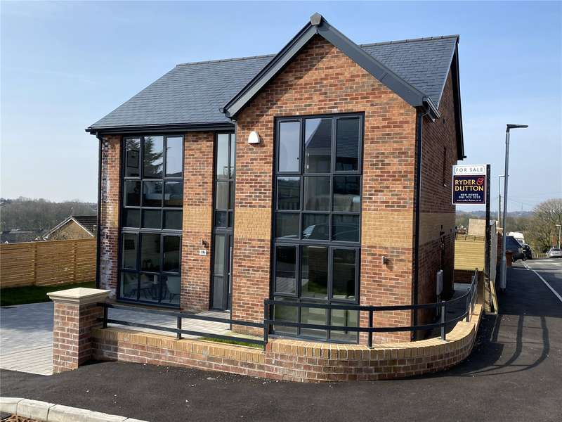 4 Bedrooms Detached House for sale in Plot 4 Moordale Avenue, No.18 Moordale Avenue, Oldham, Greater Manchester, OL4