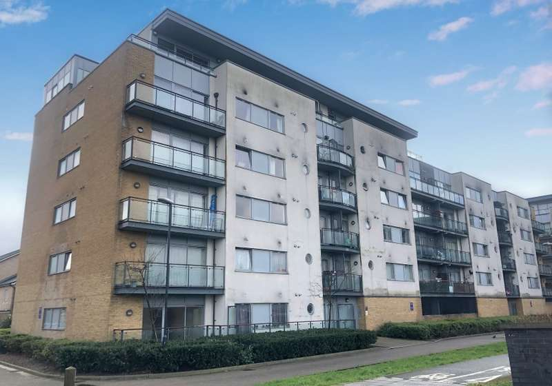 2 Bedrooms Apartment Flat for sale in Warrior Close, Thamesmead, London, SE28 0NL