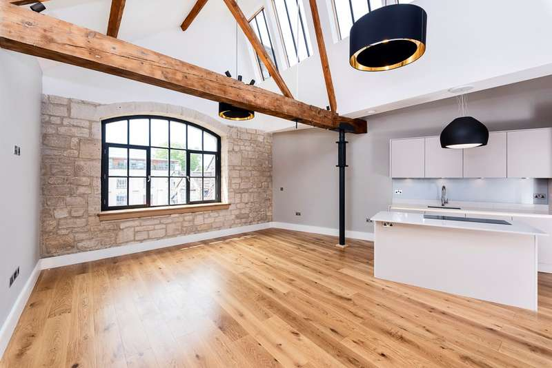 2 Bedrooms Apartment Flat for sale in Kingston Road, Bradford-on-Avon, BA15