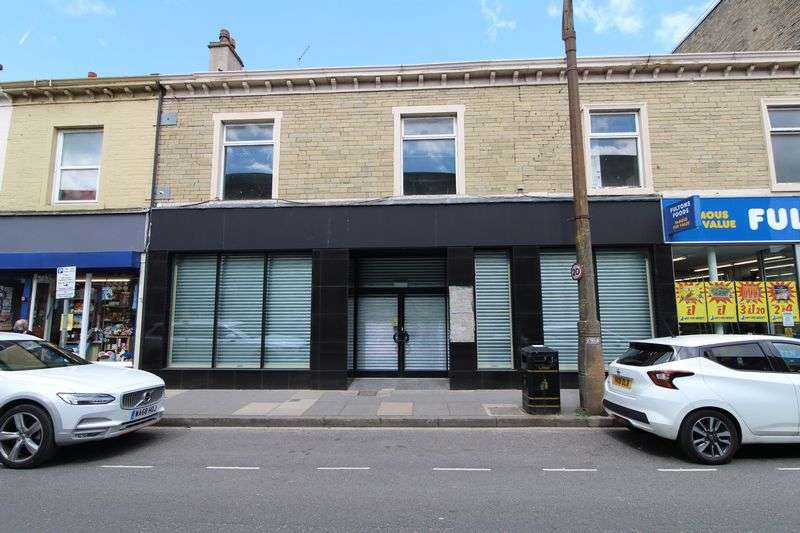 Property for rent in Unit 1A, 25-27 King Street, Brighouse, HD6