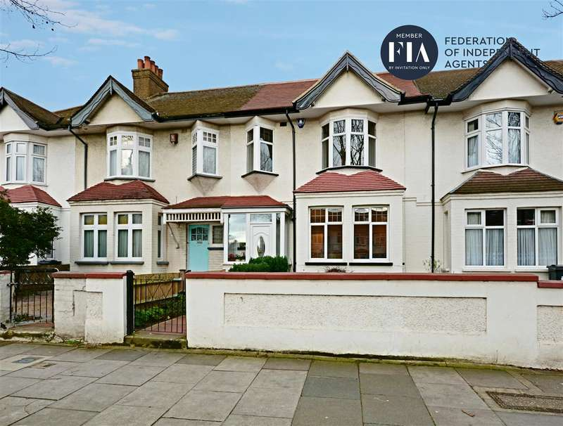 3 Bedrooms Terraced House for sale in Boston Manor Road, Brentford