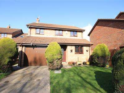 4 Bedrooms Detached House for sale in Tennyson Way, Llantwit Major