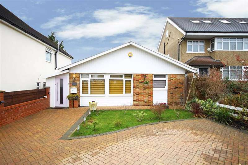 3 Bedrooms Bungalow for sale in Cavendish Road, Barnet, Hertfordshire
