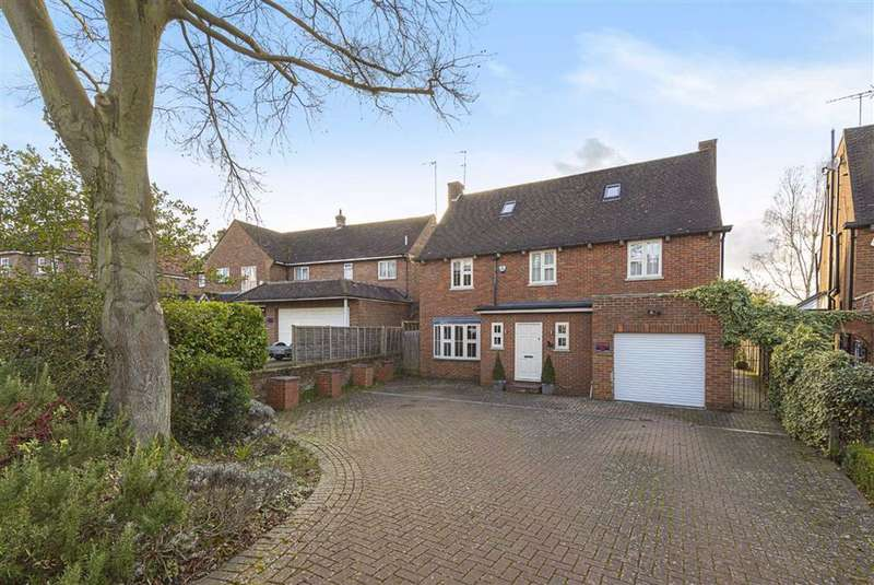 5 Bedrooms House for sale in Crescent West, Hadley Wood, Hertfordshire