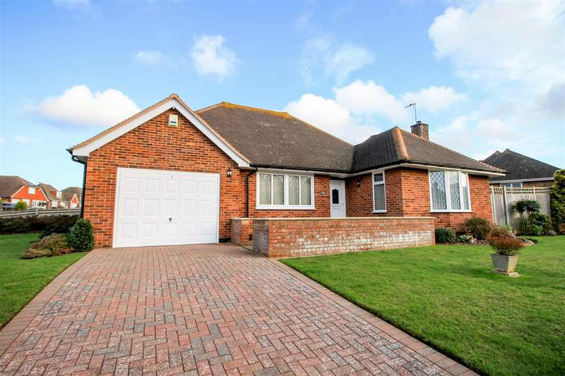 3 Bedrooms Detached Bungalow for sale in Firle Road, Bexhill-On-Sea