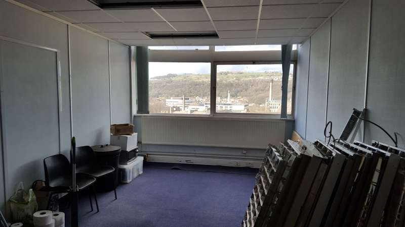 Office Commercial for rent in SUITE 21 Kirkgate House , Shipley, BD18