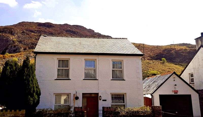 4 Bedrooms Property for sale in Manod Road, Blaenau Ffestiniog