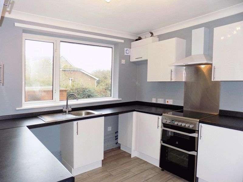 5 Bedrooms Property for sale in Warden Road, Eastchurch