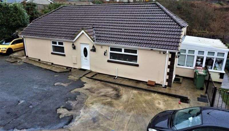 3 Bedrooms Property for sale in Bedwellty Road Elliots Town, New Tredegar