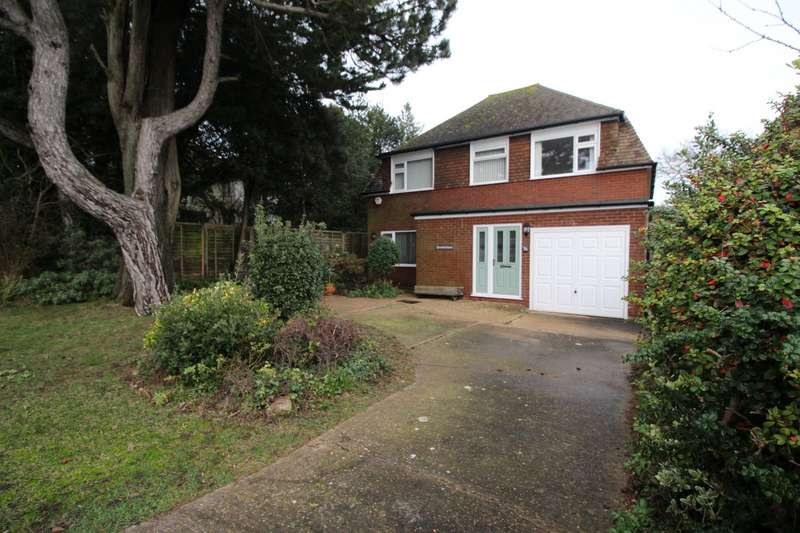 4 Bedrooms Detached House for sale in Kingsdown Hill, Kingsdown, Deal, Kent, CT14