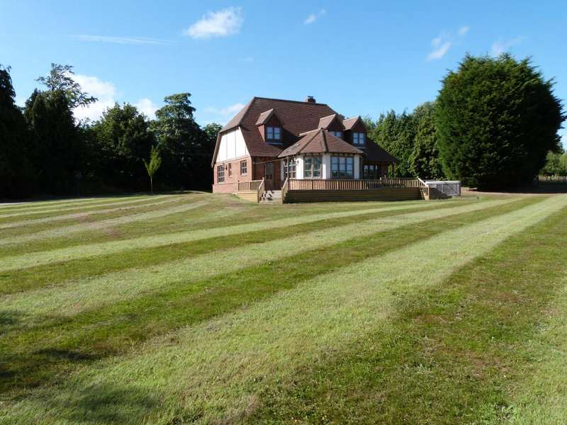 4 Bedrooms Detached House for sale in Lewes Road, Framfield, East Sussex, TN22