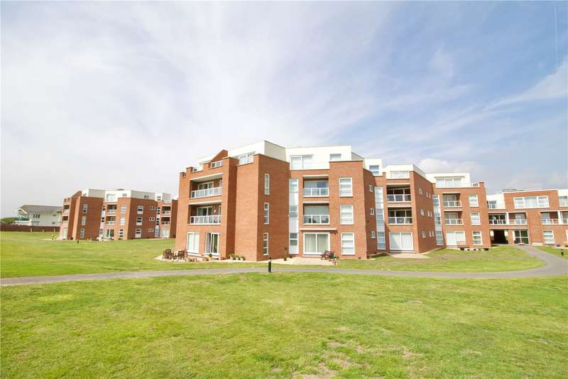 3 Bedrooms Penthouse Flat for sale in Camden Hurst, Pless Road, Milford On Sea, SO41