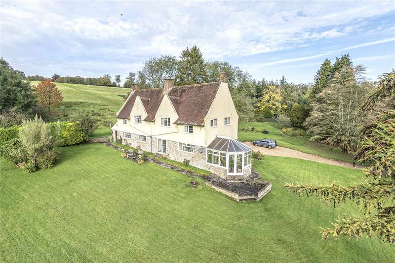 3 Bedrooms Detached House for sale in Cricket St. Thomas, Chard, Somerset, TA20