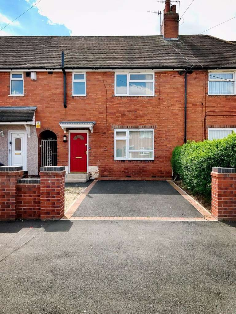 3 Bedrooms Terraced House for rent in 6 St Bernards Road, Staffordshire
