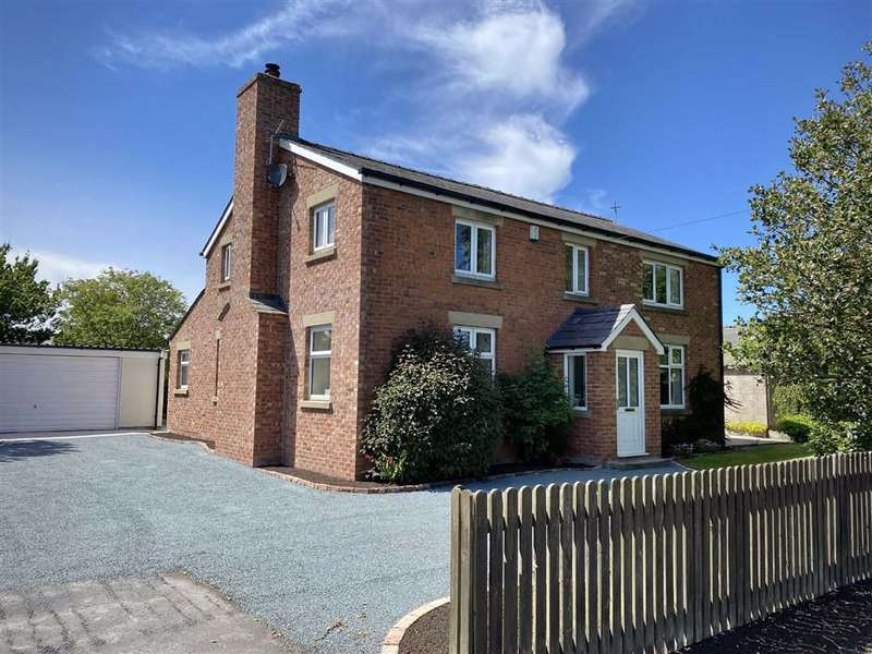 4 Bedrooms Detached House for sale in Fleetwood Road, Esprick, Preston