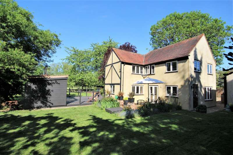 5 Bedrooms Detached House for rent in Hinton Road, Hurst, RG10