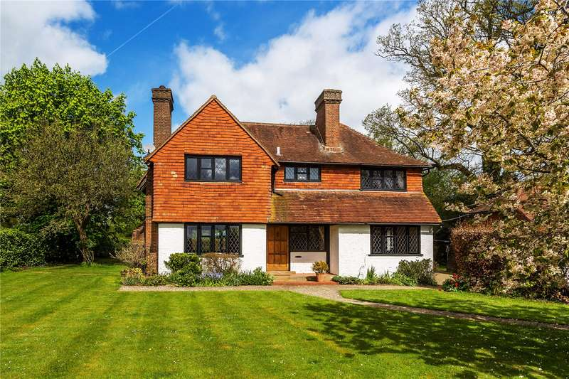5 Bedrooms Detached House for sale in Russ Hill, Charlwood, Horley, Surrey, RH6