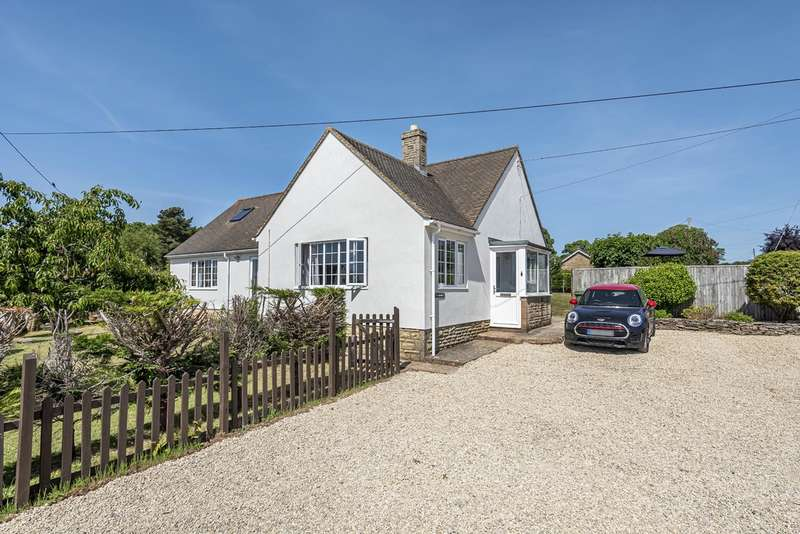 4 Bedrooms Detached House for sale in Chalford Hill, Stroud