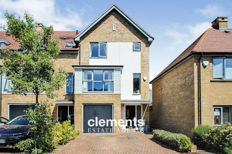 4 Bedrooms End Of Terrace House for sale in Leverstock Green, Hemel Hempstead