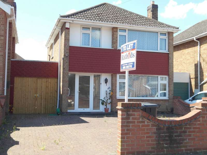 4 Bedrooms Detached House for rent in Lanesborough Road, Leicester, LE4