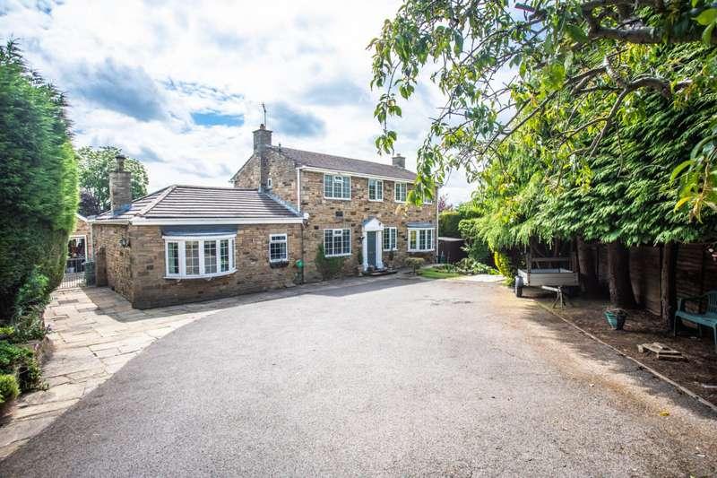 5 Bedrooms Detached House for sale in Dovecote Drive, Ledston, Castleford, West Yorkshire, WF10