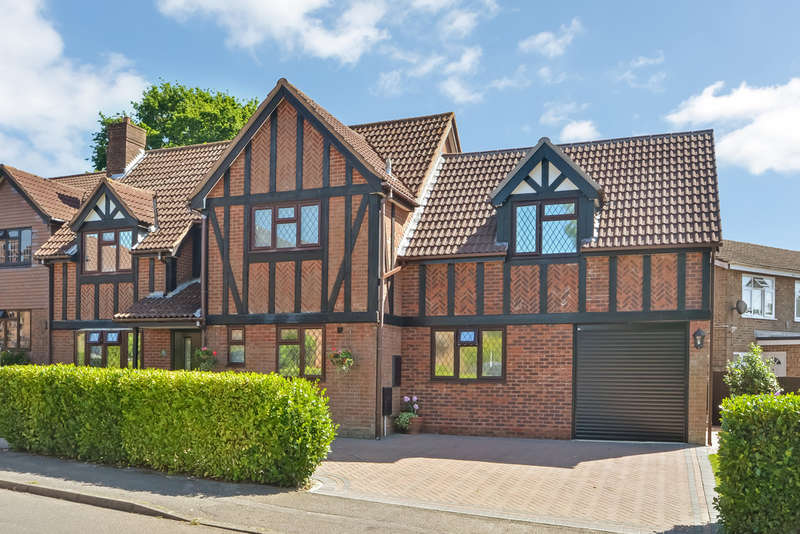5 Bedrooms Detached House for sale in Lovedean, Hampshire