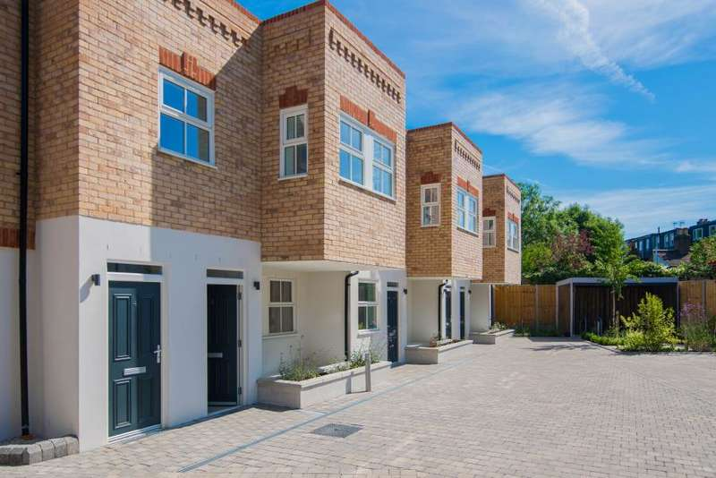 1 Bedroom Apartment Flat for sale in Brookfield Mews, Barnes, SW13