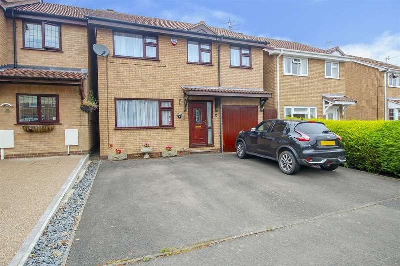 4 Bedrooms Detached House for sale in Derwent Avenue, West Hallam, Ilkeston