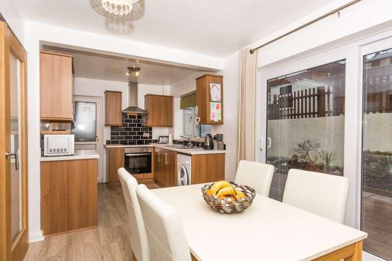 3 Bedrooms Semi Detached House for sale in Bron Y De, Bangor, Gwynedd, LL57