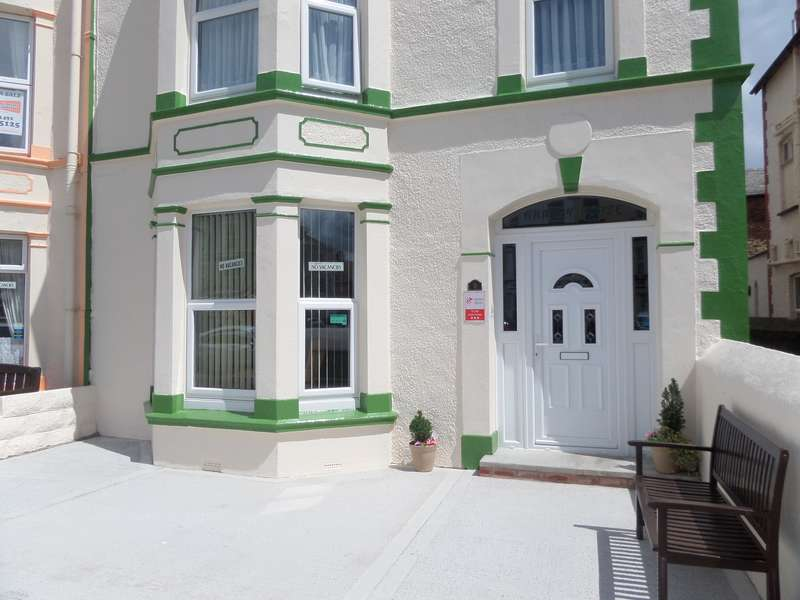 6 Bedrooms End Of Terrace House for sale in Deganwy Avenue, Llandudno, Conwy, LL30