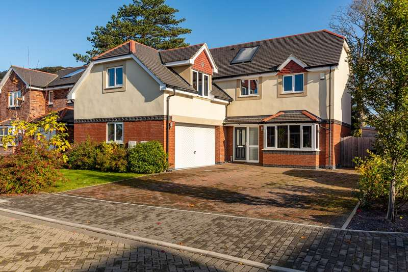 5 Bedrooms Detached House for sale in Awel Y Castell, Llandudno Junction, Conwy, LL31