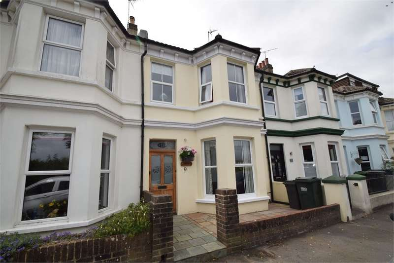 3 Bedrooms Terraced House for sale in Gilbert Road, Seaside