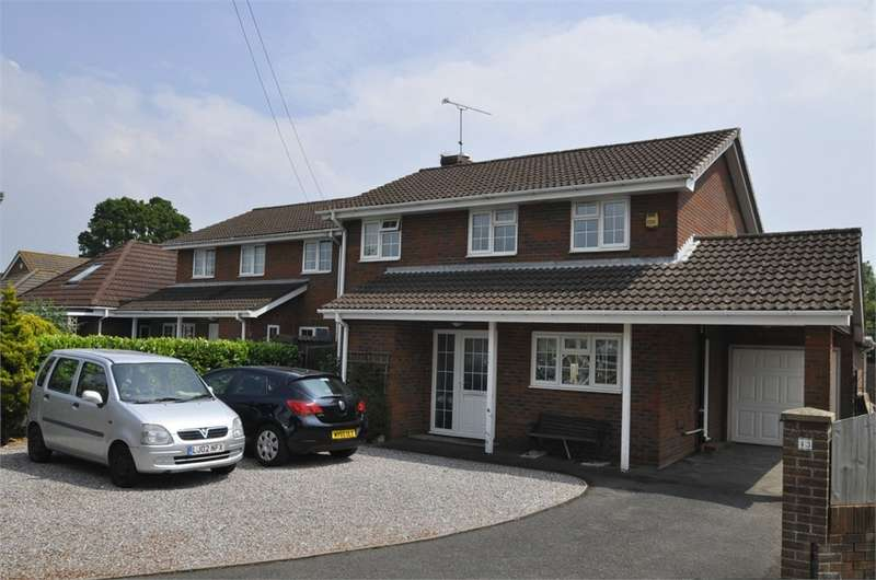 5 Bedrooms Detached House for sale in Eastfield Lane, RINGWOOD, Hampshire