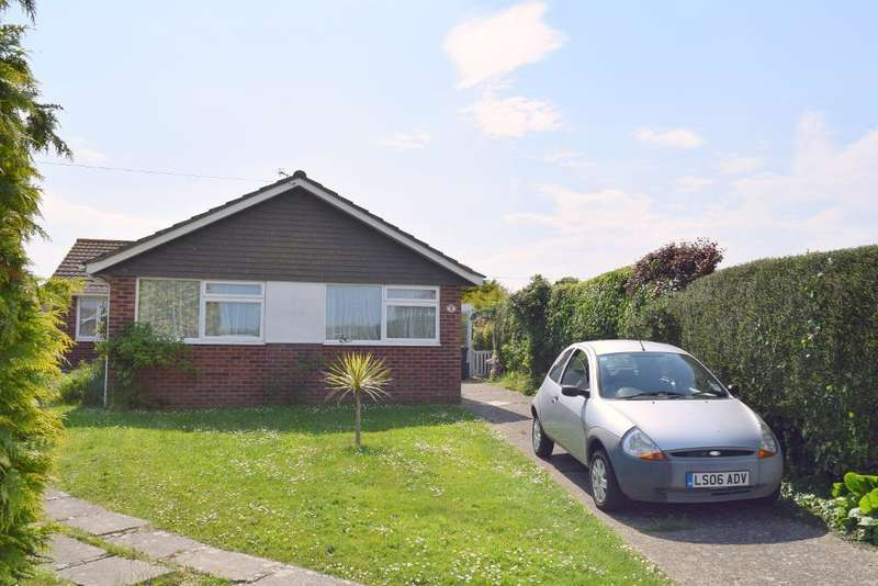 3 Bedrooms Detached Bungalow for sale in Beachfield Road, Bembridge, Isle of Wight, PO35 5TN