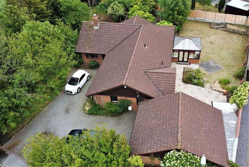 4 Bedrooms Detached Bungalow for sale in Riverside Gardens, Barrow-in-Furness