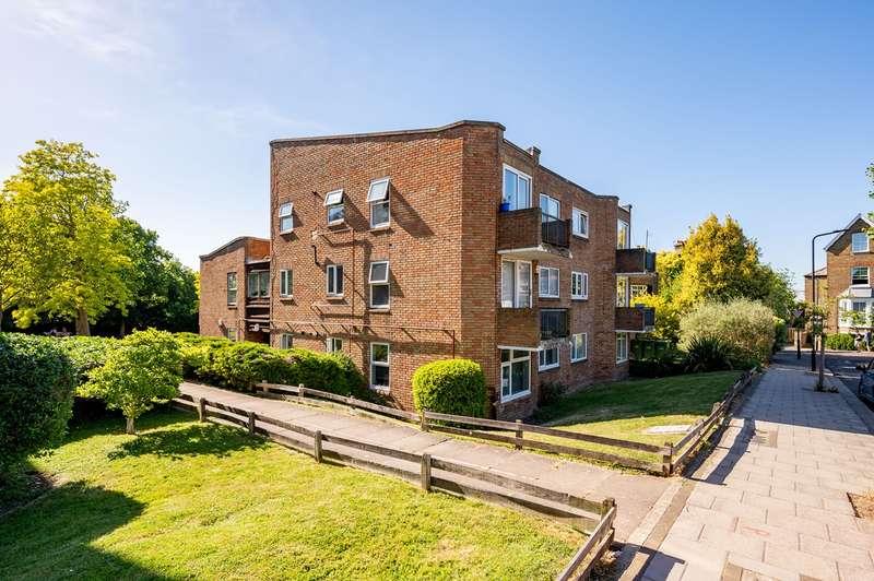 2 Bedrooms Flat for sale in Woodfield Avenue, London, SW16