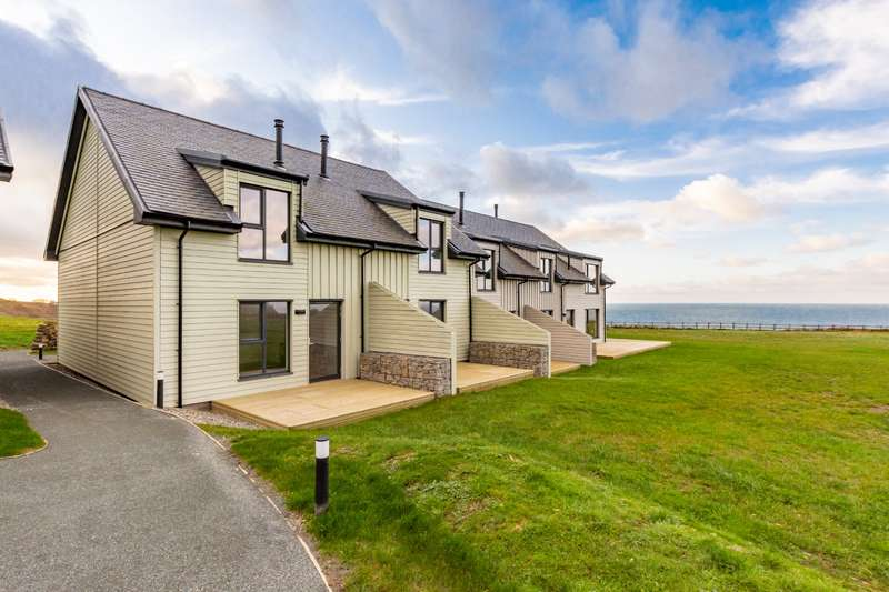 2 Bedrooms House for sale in Nature's Point, Pistyll, Pwllheli, LL53
