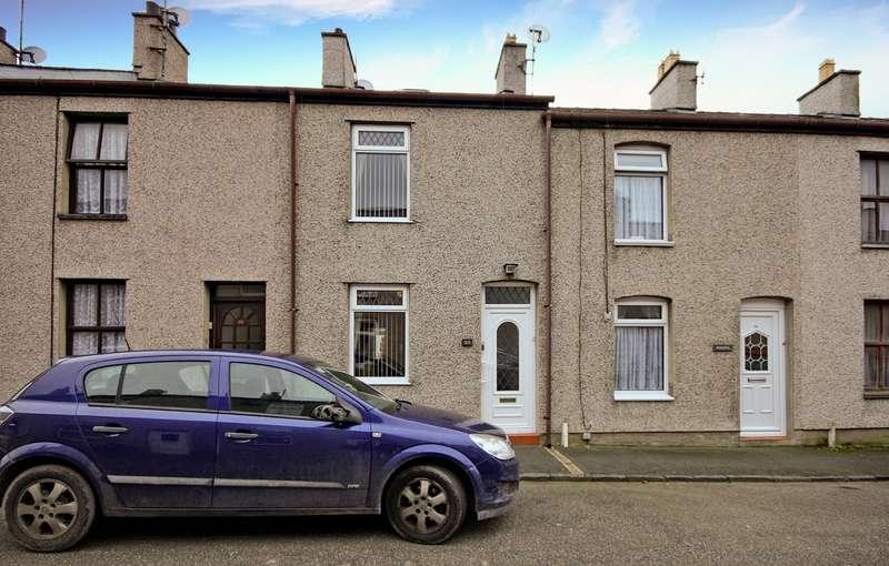 2 Bedrooms Terraced House for sale in William Street, Caernarfon, Gwynedd, LL55