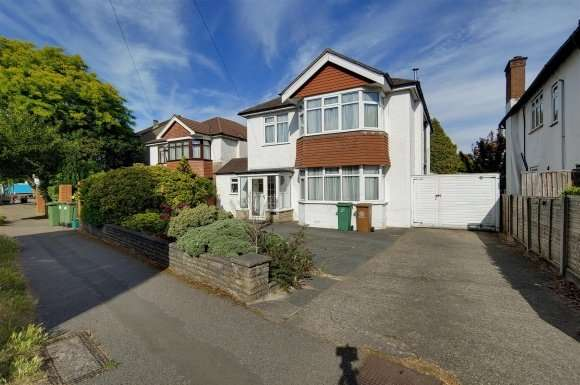 4 Bedrooms Property for sale in Banstead Road, Carshalton Beeches SM5
